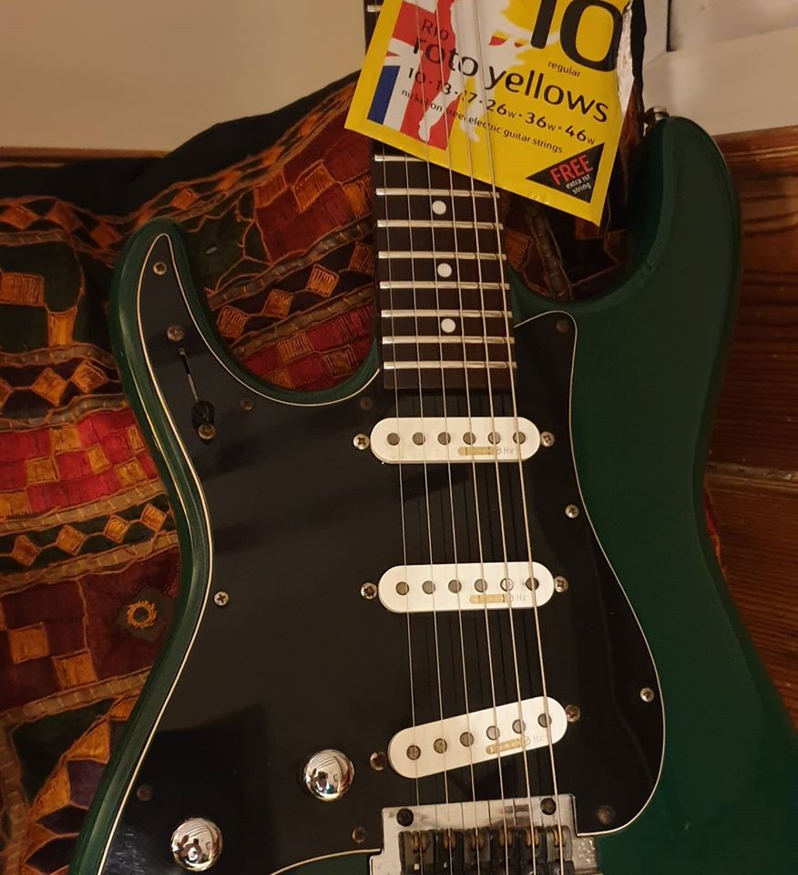 old faithful green stratocaster....